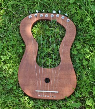 Sapele with guitar tuners
