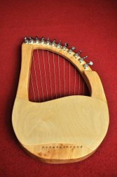 12 String Sycamore Lyre 4