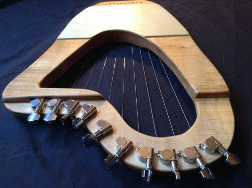 10 String Sycamore Lyre 1